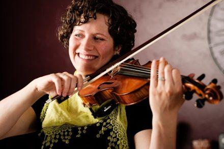 thumbnail of a violin player