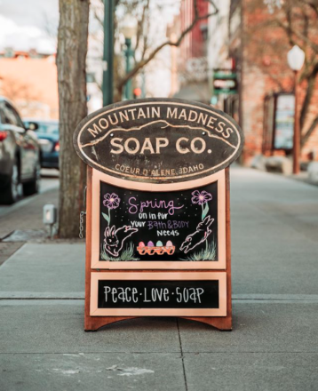 The Mountain Madness Soap Co. Sign